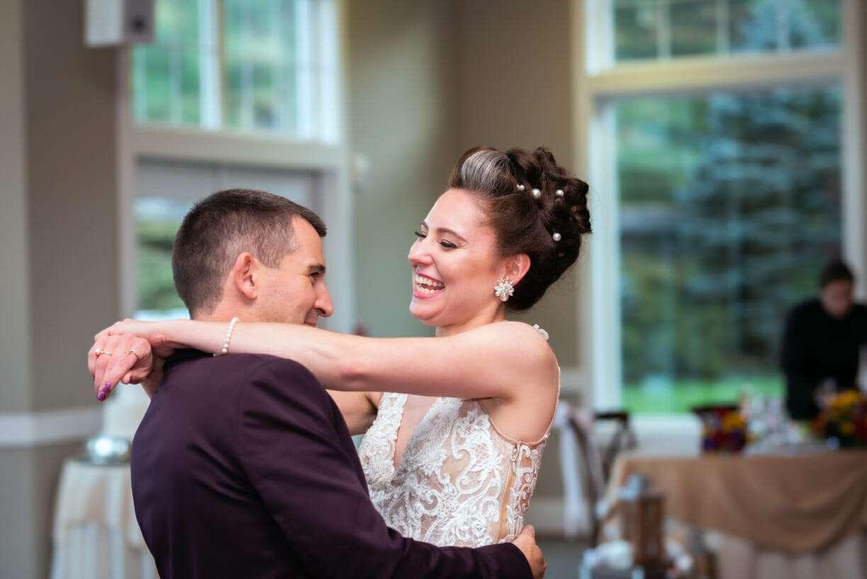 Photojournalistic Ct. Wedding Photography